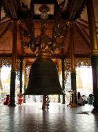 Asisbiz Myanmar Yangon Shwedagon Pagoda Singu Min Bell Jan 2010 09