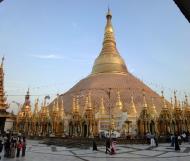 Asisbiz Myanmar Yangon Shwedagon Pagoda at twilight Dec 2009 04