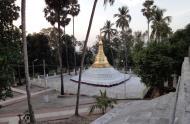 Asisbiz Myanmar Yangon Shwedagon Pagoda at twilight Dec 2009 08