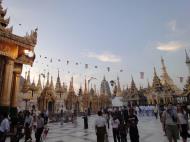 Asisbiz Myanmar Yangon Shwedagon Pagoda at twilight Dec 2009 15