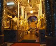 Asisbiz Myanmar Yangon Shwedagon Pagoda at twilight Dec 2009 17