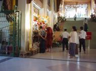 Asisbiz Myanmar Yangon Shwedagon Pagoda entrance Dec 2000 04