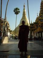 Asisbiz Myanmar Yangon Shwedagon Pagoda main Terrace Dec 2000 01