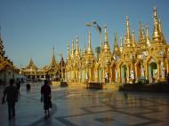 Asisbiz Myanmar Yangon Shwedagon Pagoda main Terrace Dec 2000 11