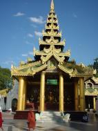 Asisbiz Myanmar Yangon Shwedagon Pagoda main Terrace Dec 2000 20