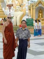 Asisbiz Myanmar Yangon Shwedagon Pagoda main Terrace July 2001 02