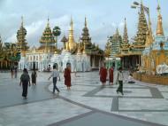 Asisbiz Myanmar Yangon Shwedagon Pagoda main Terrace July 2001 03