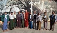 Asisbiz Myanmar Yangon Shwedagon Pagoda new year celibrations with old friends 02