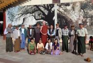 Asisbiz Myanmar Yangon Shwedagon Pagoda new year celibrations with old friends 04