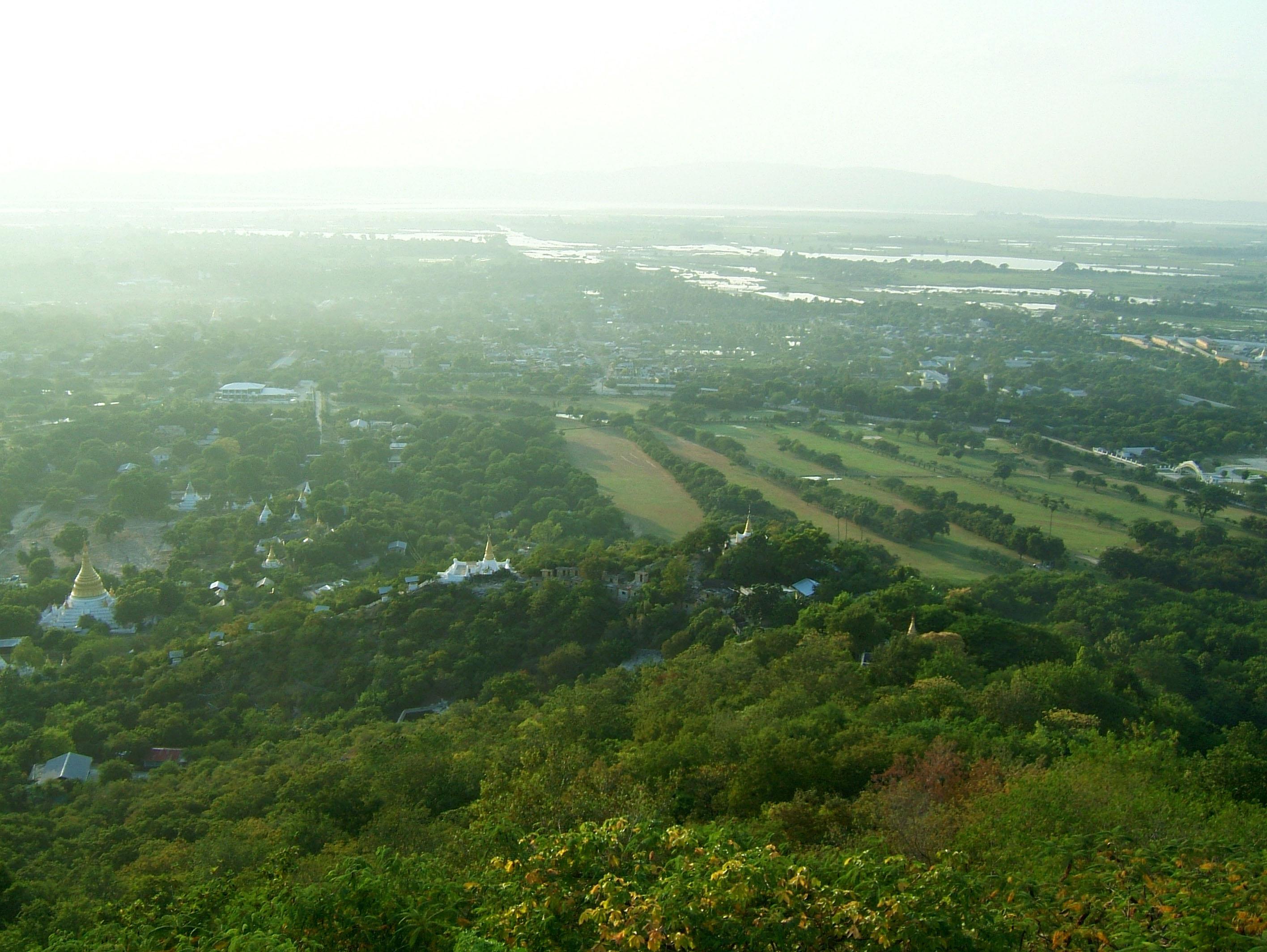 Mandalay Hill Sutaungpyei Pagoda panoramic views Dec 2000 22