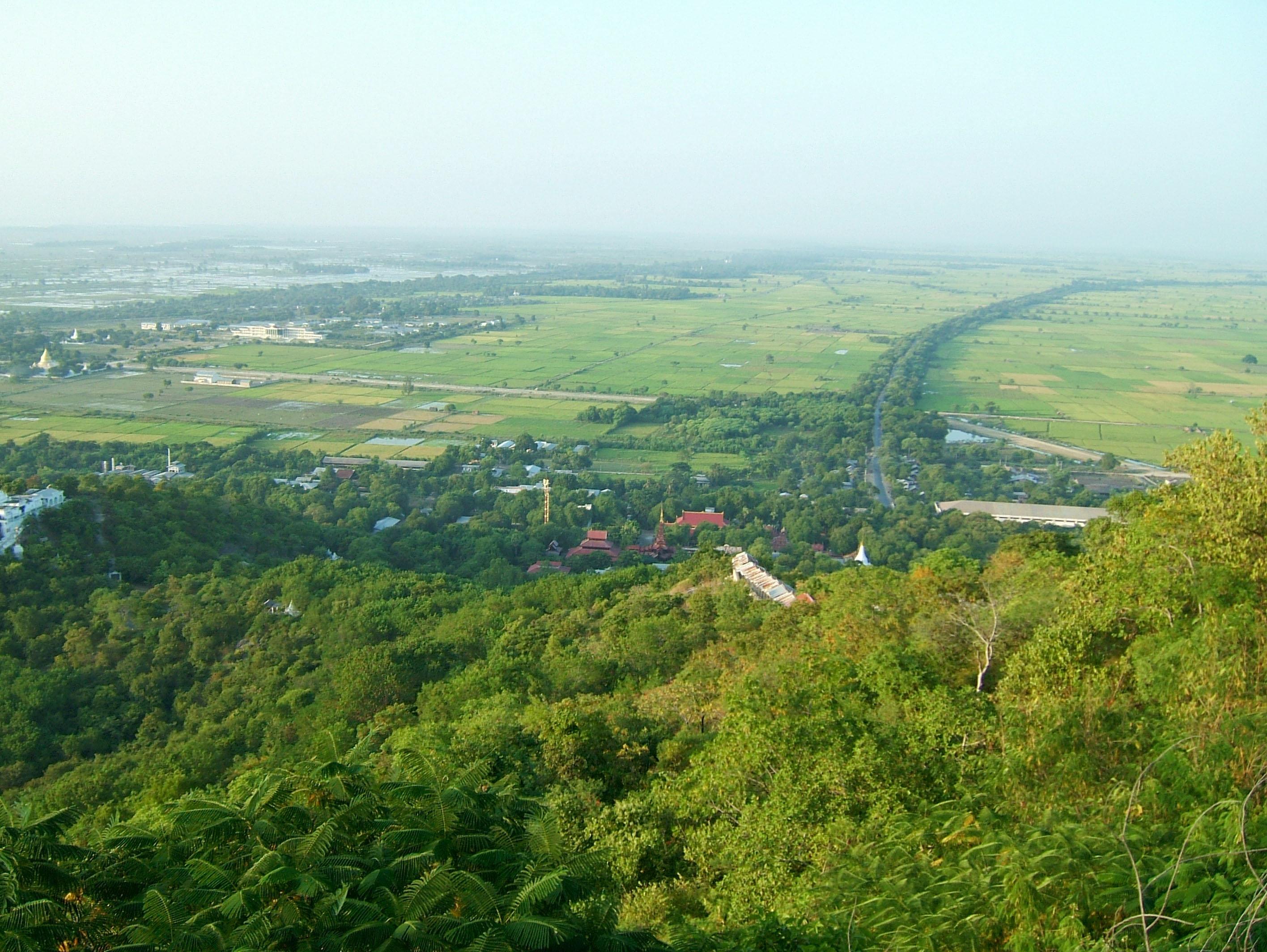 Mandalay Hill Sutaungpyei Pagoda panoramic views Dec 2000 24