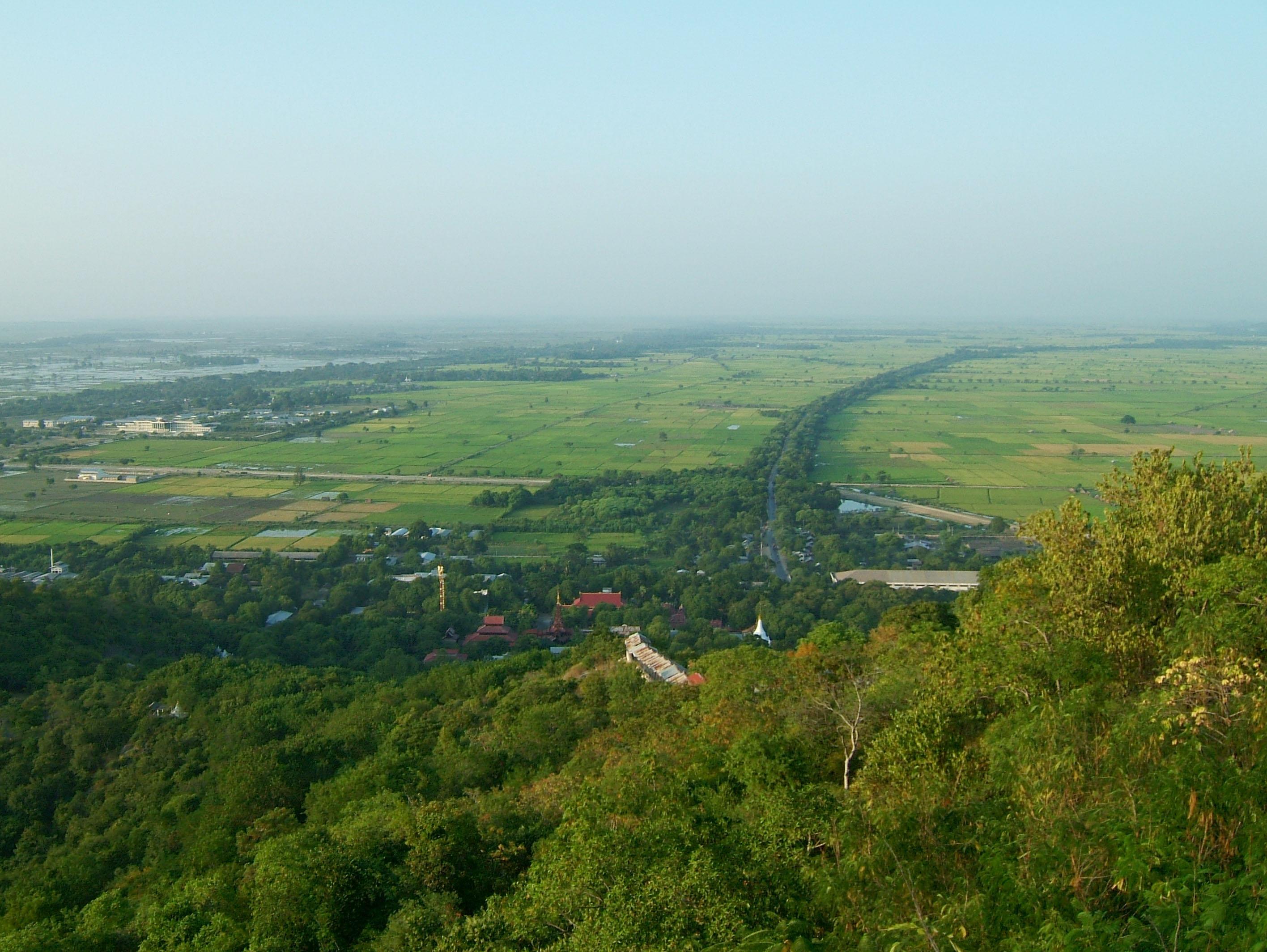 Mandalay Hill Sutaungpyei Pagoda panoramic views Dec 2000 25