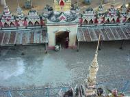 Asisbiz Thanboddhay paya Tower Monywa Sagaing Myanmar Dec 2000 07