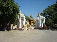 Asisbiz Thanboddhay paya entrance Monywa Sagaing Myanmar Dec 2000 01