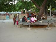 Asisbiz Thanboddhay paya locals Monywa Sagaing Myanmar Dec 2000 01
