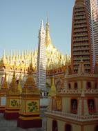 Asisbiz Thanboddhay paya near Monywa Sagaing Myanmar Dec 2000 11
