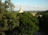 Asisbiz Thanboddhay paya seen from the tower Monywa Dec 2000 02
