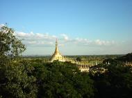 Asisbiz Thanboddhay paya seen from the tower Monywa Dec 2000 03