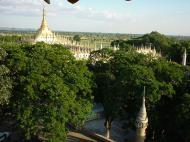 Asisbiz Thanboddhay paya seen from the tower Monywa Dec 2000 05