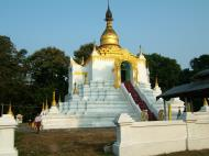 Asisbiz Between Kyauktan and Thilawa Port blue pagoda Oct 2004 15