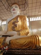 Asisbiz Area A Thanlyin Giant seated Buddha Dec 2000 05