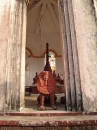 Asisbiz Area A Thanlyin main pagoda decor Dec 2010 02