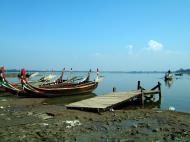 Asisbiz Myanmar Amarapura Mandalay Thaungthaman lake Nov 2004 24