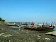 Asisbiz Myanmar Amarapura Mandalay Thaungthaman lake Nov 2004 25