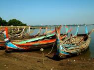 Asisbiz Myanmar Amarapura Mandalay Thaungthaman lake boats Nov 2004 07