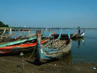 Asisbiz Myanmar Amarapura Mandalay Thaungthaman lake boats Nov 2004 10