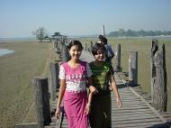 Asisbiz U Beins bridge Amarapura Mandalay Myanmar Dec 2000 05