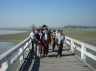 Asisbiz U Beins bridge Amarapura Mandalay Myanmar Dec 2000 07