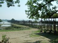 Asisbiz U Beins bridge Amarapura Mandalay Myanmar Nov 2004 02