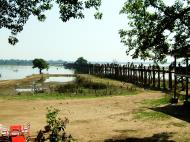 Asisbiz U Beins bridge Amarapura Mandalay Myanmar Nov 2004 03