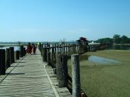 Asisbiz U Beins bridge Amarapura Mandalay Myanmar Nov 2004 06