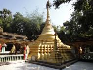 Asisbiz U To near Hle Guu main monastery stupa 2010 02