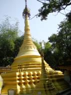 Asisbiz U To near Hle Guu main monastery stupa 2010 08