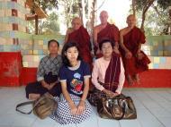 Asisbiz U To near Hle Guu way to Prome head monk U Ku Tha La 2010 04