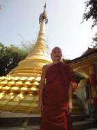 Asisbiz U To near Hle Guu way to Prome head monks assistant 2010 02