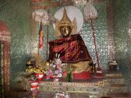 Asisbiz U To near Hle Guu way to Prome sacred Buddha Jan 2010 02
