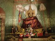 Asisbiz U To near Hle Guu way to Prome sacred Buddha Jan 2010 04