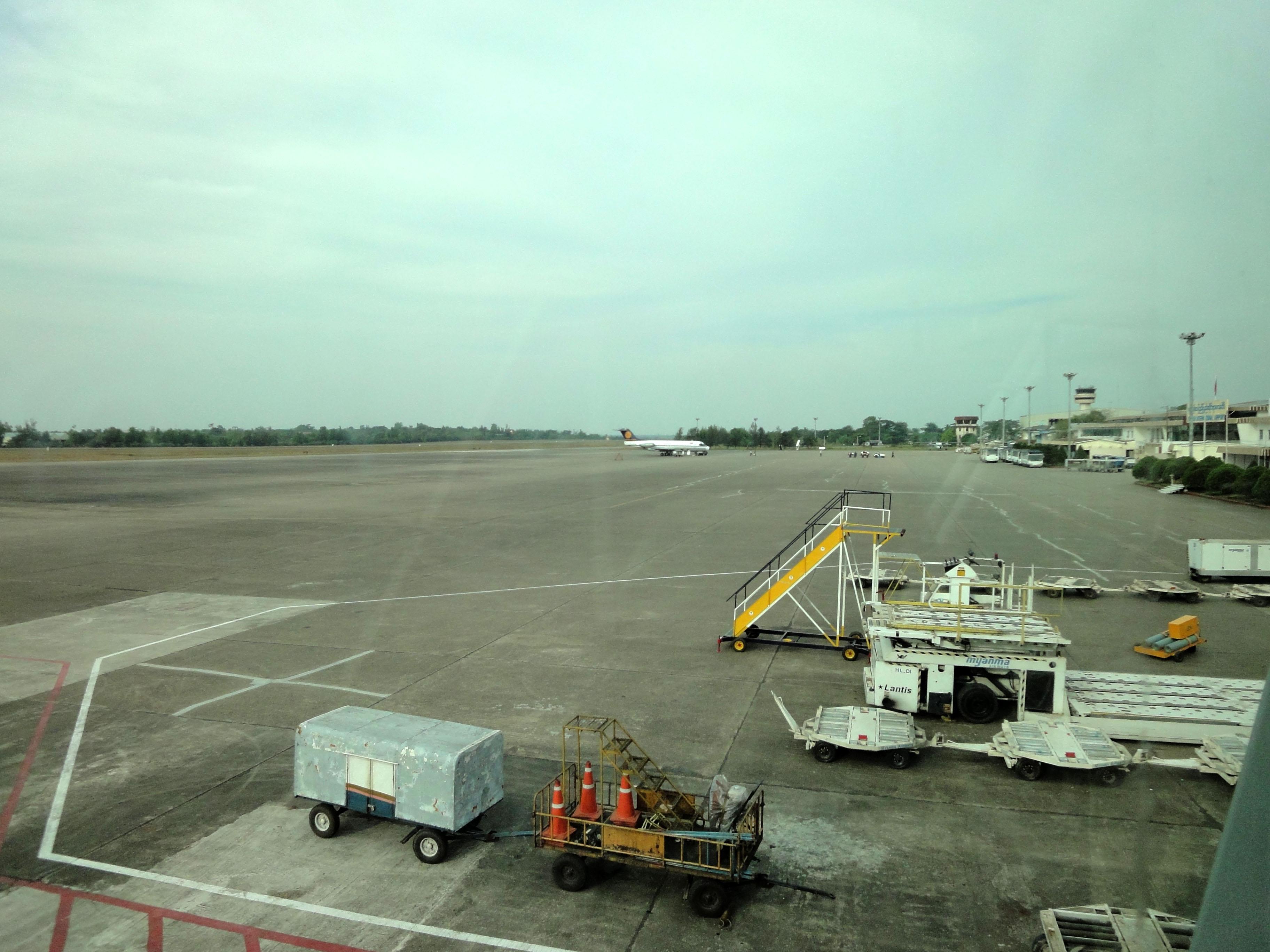 Silk Air flight SIN RGN IATA RGN ICAO VYYY Yangon International Airport Mingaladon 03