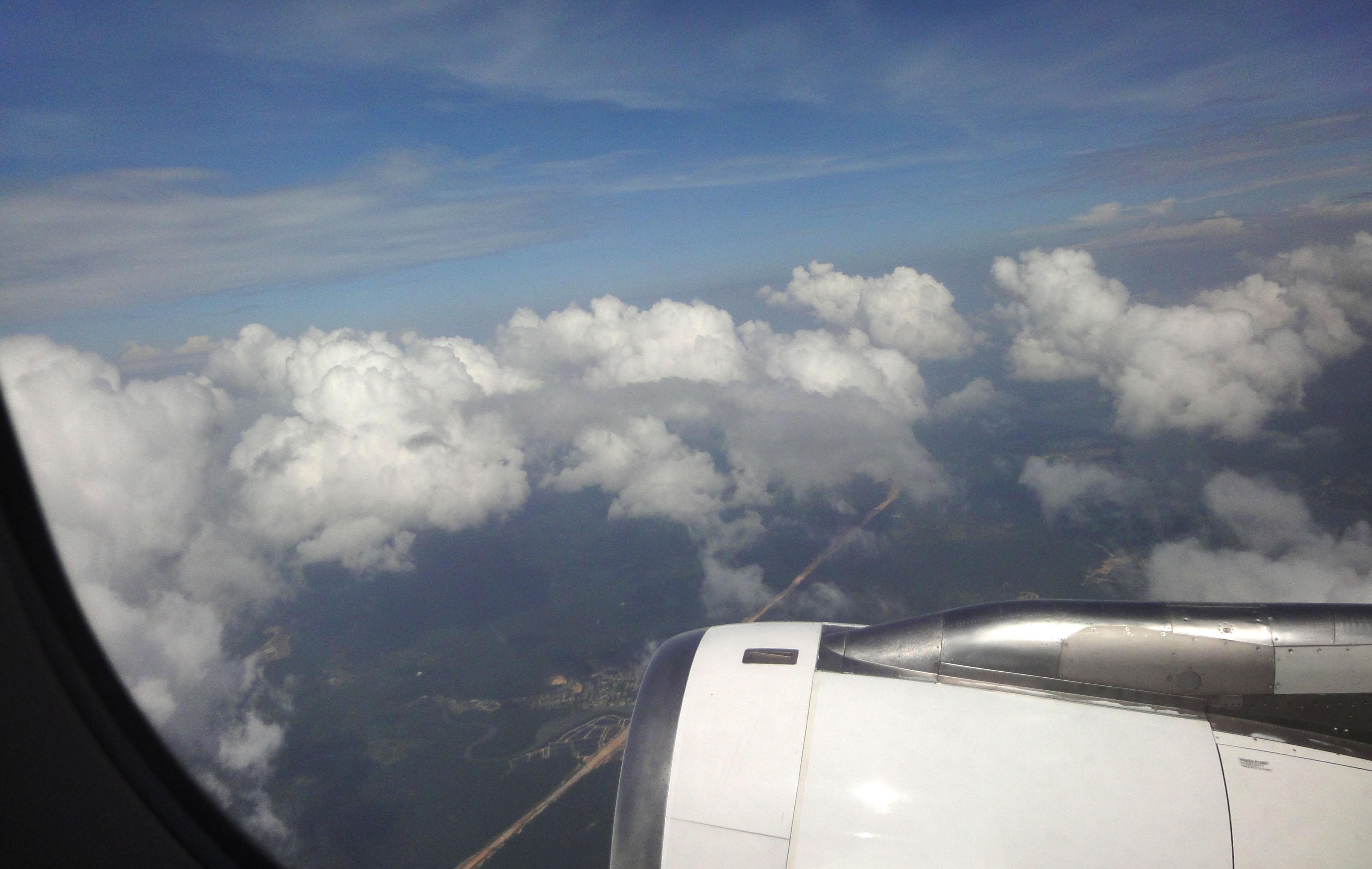 Silk Air flight SIN RGN leaving Singapore airspace 04