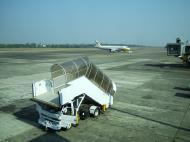 Asisbiz Silk Air flight SIN RGN IATA RGN ICAO VYYY Yangon International Airport Mingaladon 05