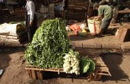 Asisbiz Yangon Hledan street market venders Myanmar 2009 02