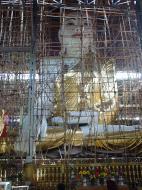 Asisbiz Yangon area sitting Buddha Dec 2000 01