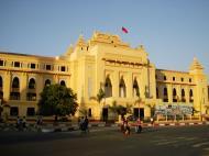 Asisbiz Yangon colonial architecture Sule pagoda Rd Maha Bandula Rd Yangon City Hall 2010 02