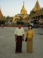 Asisbiz Ayeyarwady Division Zalun Pagoda entrance Jan 2001 02