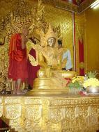 Asisbiz Zalun Pagoda main Buddha Jan 2001 03