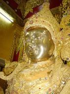 Asisbiz Zalun Pagoda main Buddha Jan 2001 05